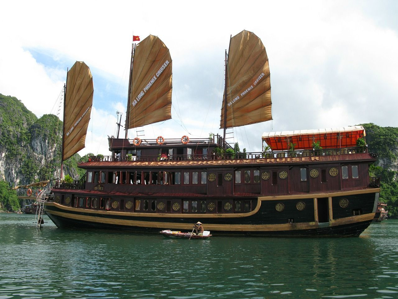 HA LONG BAY 2 NIGHTS